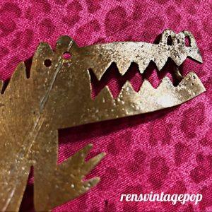 Gator belt buckle by the artist Milda